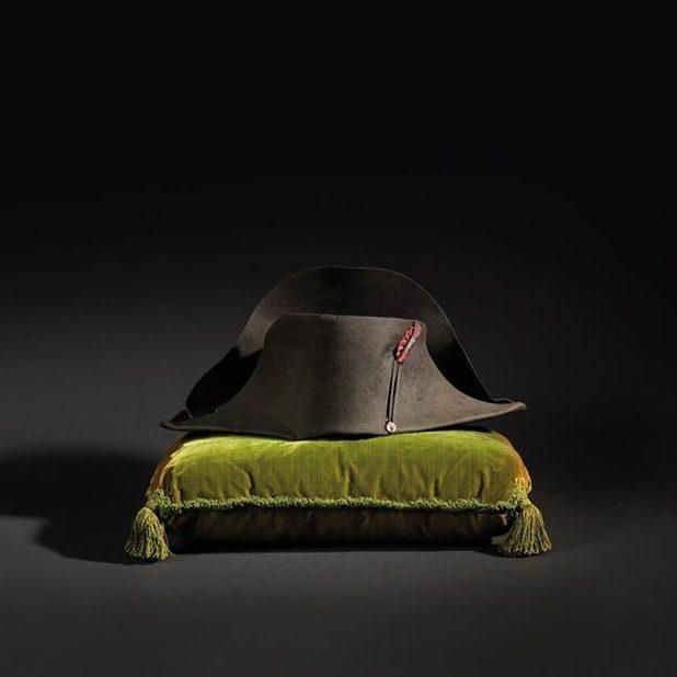 le-chapeau-de-lempereur